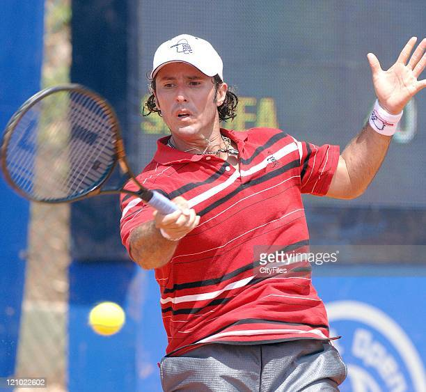 American Vicent Spadea against France's Olivier Patience during their Men's Singles Day 4 match at the Estoril Open in Portugal May 3 2007