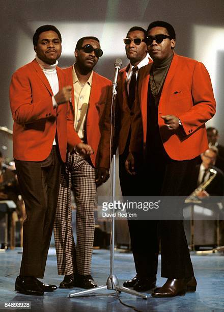 Photo of Abdul FAKIR and FOUR TOPS and Levi STUBBS and Lawrence PAYTON and Renaldo BENSON LR Renaldo Obie Benson Levi Stubbs Abdul Duke Fakir...