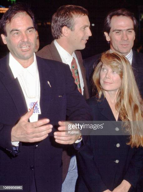 American writer and filmmaker Oliver Stone with American actors Kevin Costner Sissy Spacek and Tommy Lee Jones attend the 'JFK' Los Angeles Premiere...