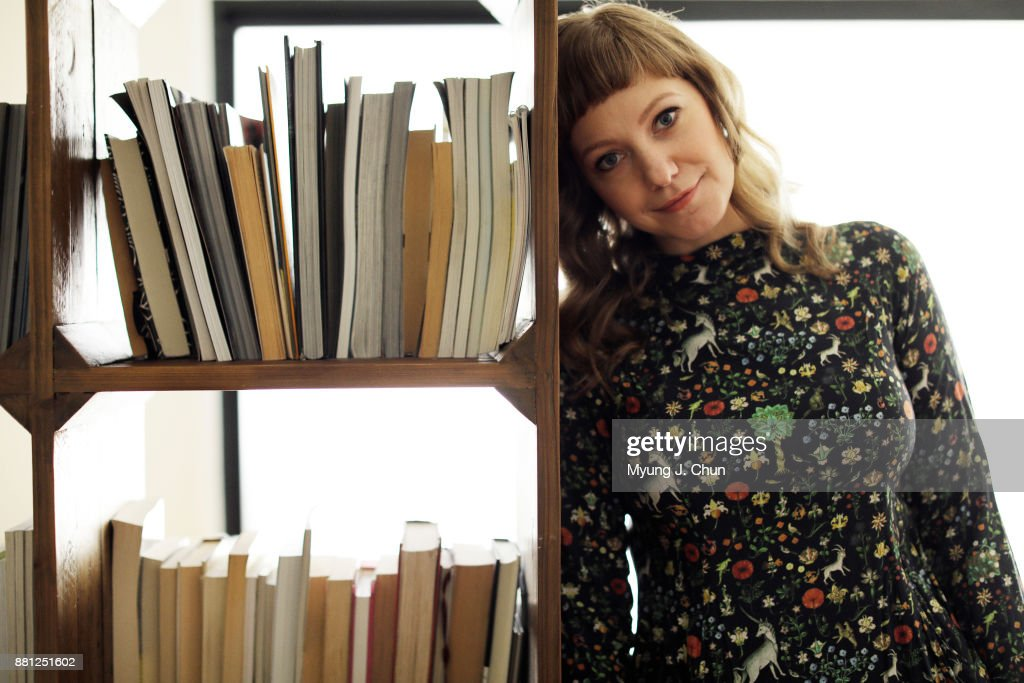 American writer, producer, and podcast host Emily V. Gordon is photographed for Los Angeles Times on November 1, 2017 in Los Angeles, California. PUBLISHED IMAGE.