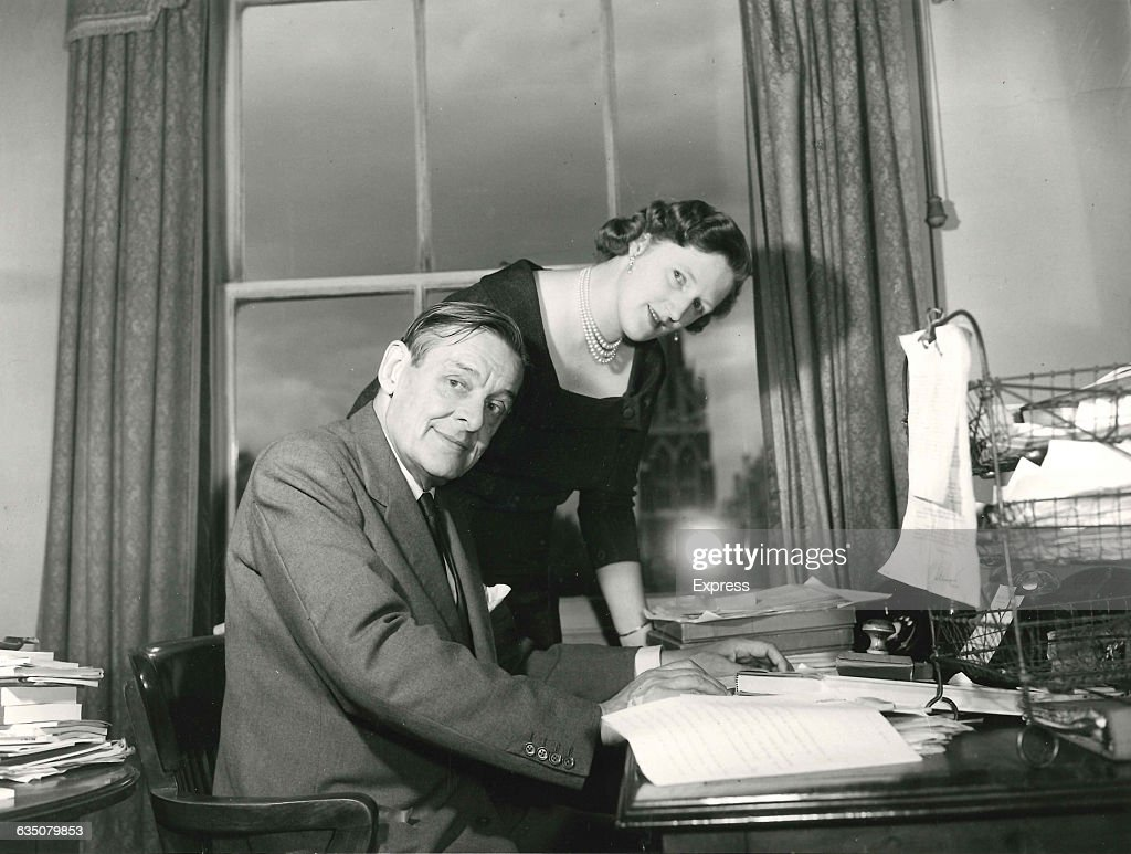 T. S. And Valerie Eliot : News Photo