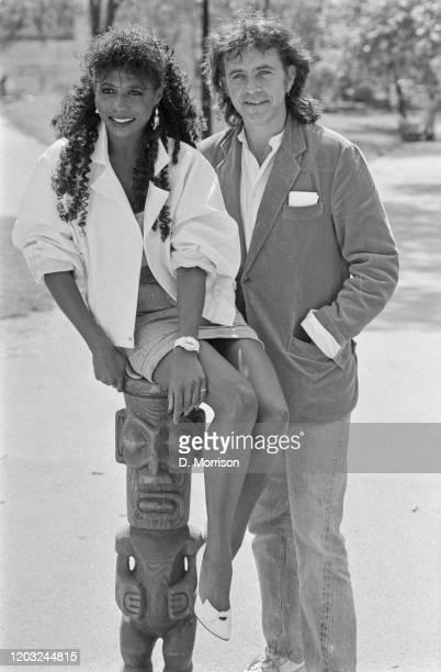 Americanborn British singer Sinitta and English singer songwriter and actor David Essex UK 29th May 1985