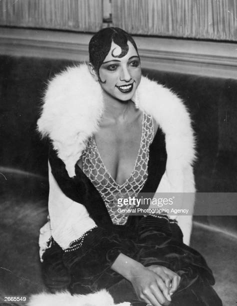 American-born dancer and entertainer Josephine Baker .