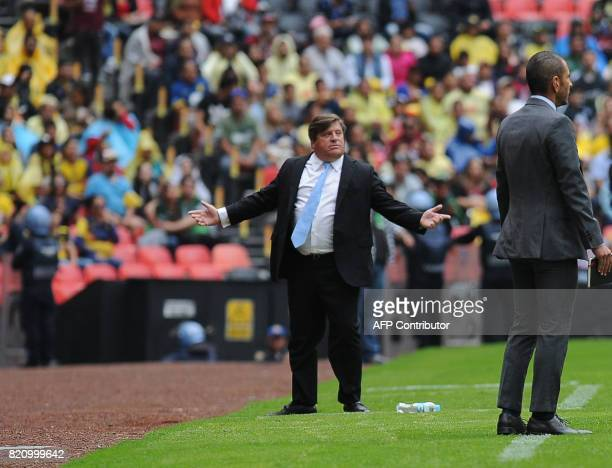 America's coach Miguel Herrera gestures a Mexican Apertura Tournament 2017 football match against Queretaro at the Azteca stadium in Mexico City on...