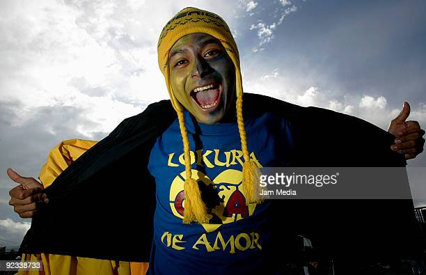America's fans during their match in the 2009 Opening tournament the closing stage of the Mexican Football League at the Azteca Stadium on October 25...