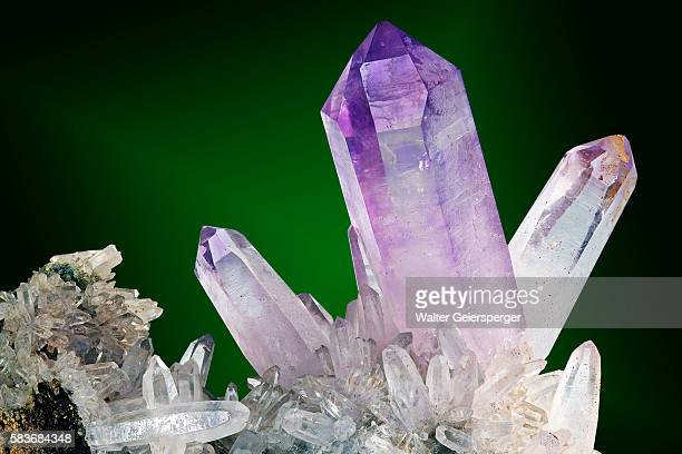 amethyst, mineral - amethyst stock pictures, royalty-free photos & images