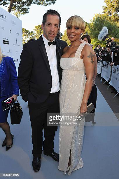 amfAR Chairman Kenneth Cole and Mary J Blige arrives at amfAR's Cinema Against AIDS 2010 benefit gala at the Hotel du Cap on May 20 2010 in Antibes...