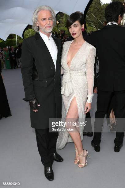 amfAR Vicechairman Hermann Bühlbecker and Paz Vega arrive at the amfAR Gala Cannes 2017 at Hotel du CapEdenRoc on May 25 2017 in Cap d'Antibes France
