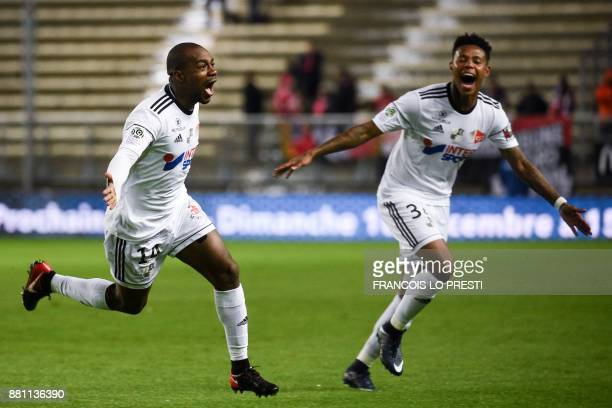 Amiens' Gael Kakuta celebrates after scoring during the French L1 football match between Amiens and Dijon on November 28 at the Licorne Stadium in...