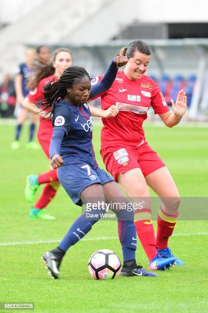 Aminata Diallo of PSG and Manon Rouzies of Albi during the Women's Division 1 match between Paris Saint Germain and Asptt Albi on May 7 2017 in Paris...