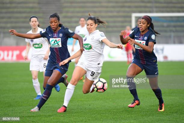 Aminata Diallo of PSG Clara Mateo of Juvisy and Ashley Lawrence of PSG during the Women's French Cup match between Juvisy and Paris Saint Germain on...