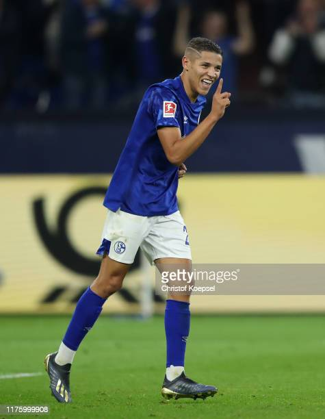 Amine Harit of FC Schalke 04 celebrates scores his team's second goal during the Bundesliga match between FC Schalke 04 and 1. FSV Mainz 05 at...