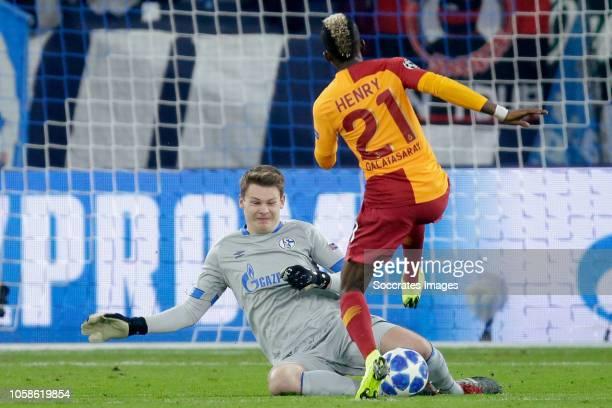 Amine Harit of Schalke 04 Henry Onyekuru of Galatasaray during the UEFA Champions League match between Schalke 04 v Galatasaray at the Veltins Arena...