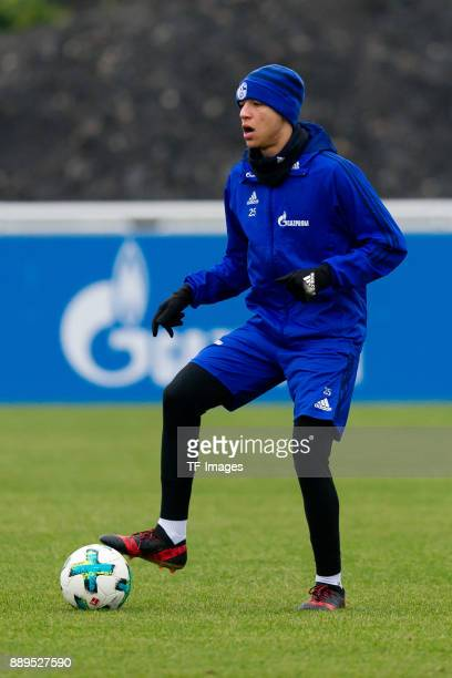 Amine Harit of Schalke controls the ball during a training session at the FC Schalke 04 Training center on December 05 2017 in Gelsenkirchen Germany