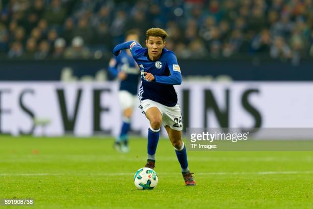 Amine Harit of Schalke controls the ball during the Bundesliga match between FC Schalke 04 and FC Augsburg at VeltinsArena on December 13 2017 in...