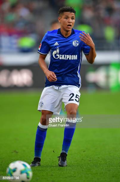 Amine Harit of Schalke in action during the Bundesliga match between Hannover 96 and FC Schalke 04 at HDIArena on August 27 2017 in Hanover Germany