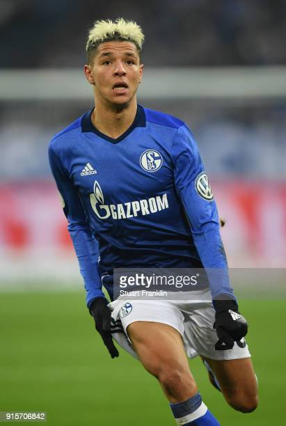 Amine Harit of Schalke in action during the DFB Pokal quarter final match between FC Schalke 04 and VfL Wolfsburg at VeltinsArena on February 7 2018...