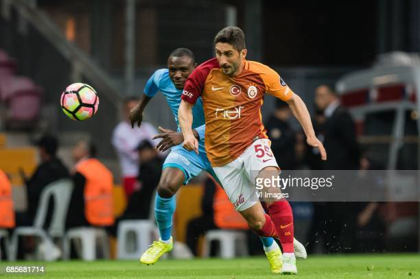 Aminu Umar of Osmanlispor Futbol Kulubu Sabri Sarioglu of Galatasarayduring the Turkish Spor Toto Super Lig football match between Galatasaray SK and...