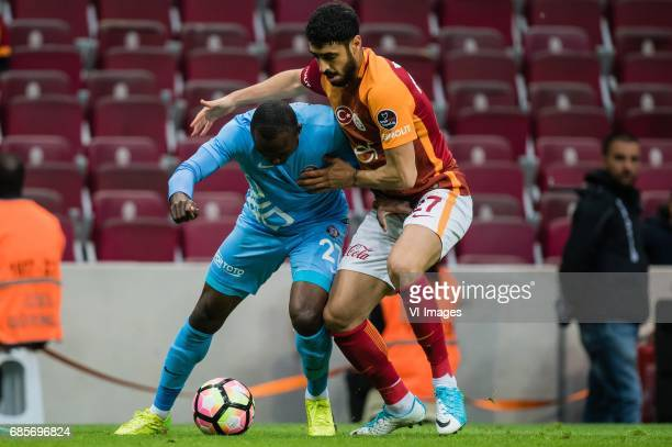 Aminu Umar of Osmanlispor Futbol Kulubu Tolga Cigerci of Galatasarayduring the Turkish Spor Toto Super Lig football match between Galatasaray SK and...