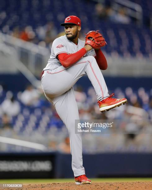 Amir Garrett of the Cincinnati Reds delivers a pitch against the Miami Marlins at Marlins Park on August 27, 2019 in Miami, Florida.