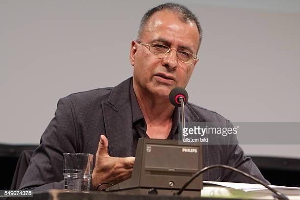 Amir Hassan Cheheltan Iran Schriftsteller stellt die TeheranTrilogie vor LITERATURFESTIVAL BERLIN in Berlin