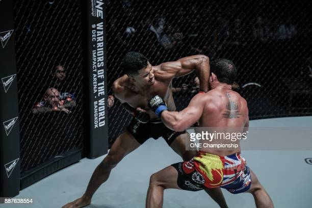 Amir Khan outstruck Adrian Pang over three rounds for the decision win at ONE Championship Immortal Pursuit at the Singapore Indoor Stadium on...
