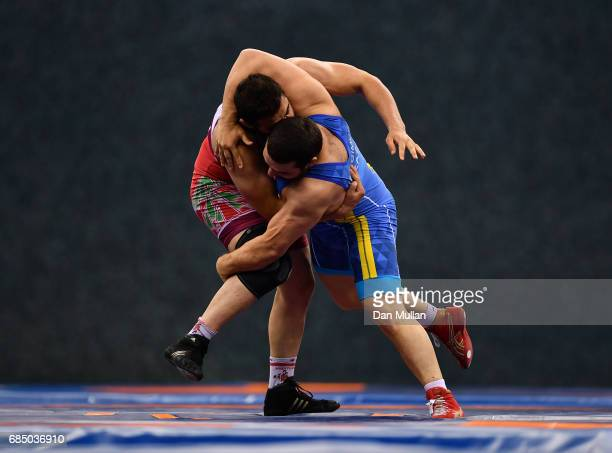 Amir Mohammadi of Iran competes against Mamed Ibragimov of Kazakhstan in the Mens Freestyle Wrestling 97kg Semi Final during day eight of Baku 2017...