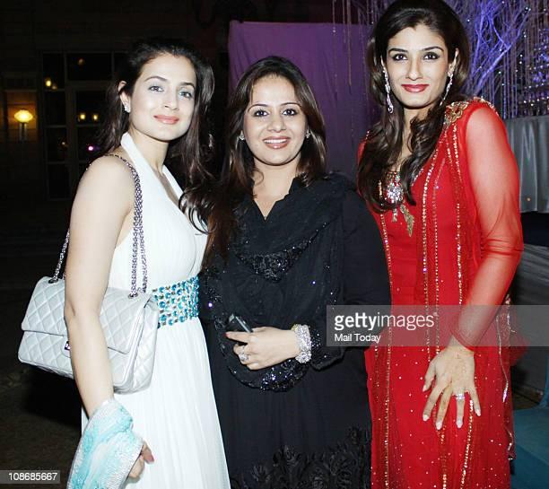 Amisha Patel Kiran Bawa And Raveena Tandon At Banpreet Singh Atal Sahibas Wedding Reception