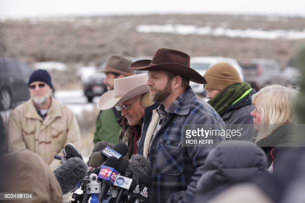 Ammon Bundy leader of an armed antigovernment militia makes a statement at a news conference at the Malheur National Wildlife Refuge Headquarters...