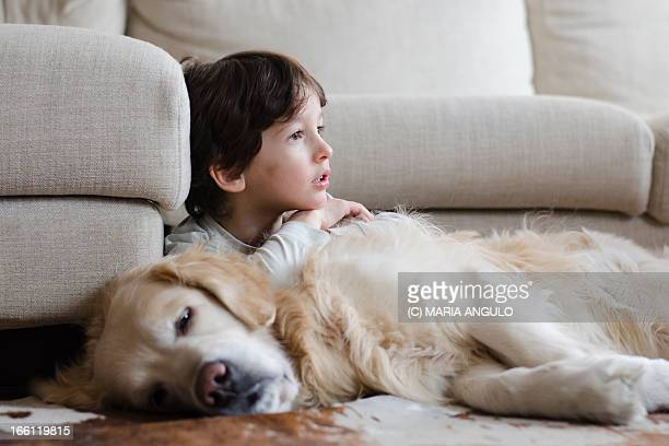 amor fraternal i - one boy only stock pictures, royalty-free photos & images