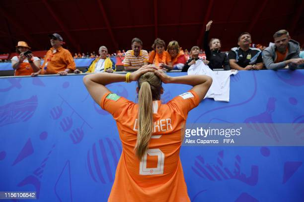 Amouk Dekker of the Netherlands speaks with fans after the 2019 FIFA Women's World Cup France group E match between Netherlands and Cameroon at Stade...