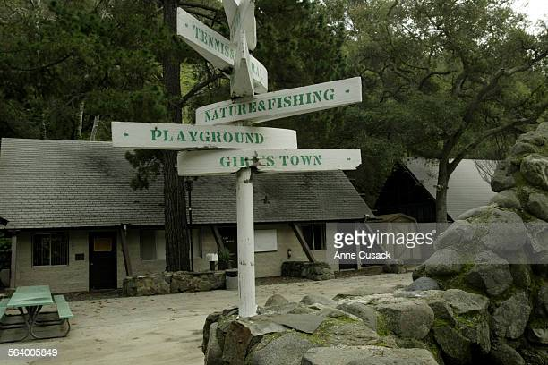 Amp Bloomfield which is adjacent to Kronsberg 's propertyJeremy Joe Kronsberg and his wife Lynne Kronsberg live in this stone cabin with their dog...