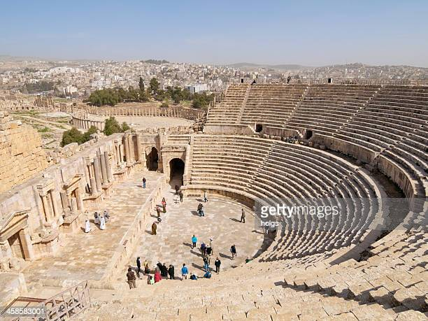 amphitheatre at jerash, jordan - amphitheatre stock photos and pictures