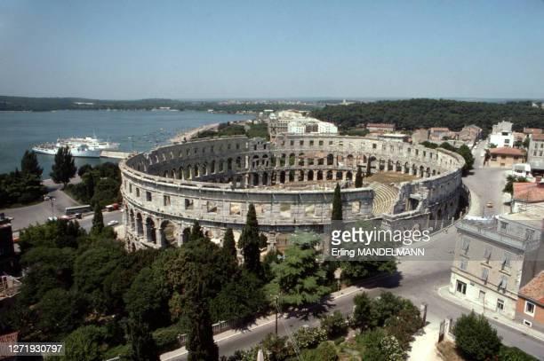 Amphithéâtre romain de Pula, circa 1990, Croatie