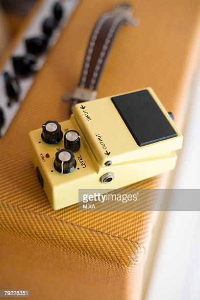 Amplifier and guitar effects pedal