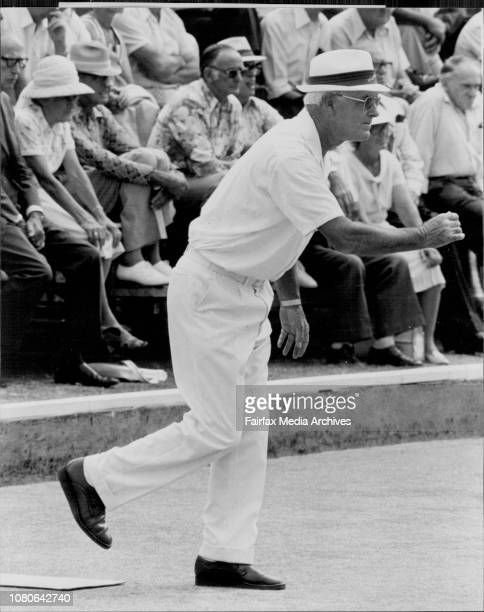 Ampol Master of Champions final at the City Bowling Club this afternoon between Des Moran and Cecil Bransky January 21 1977