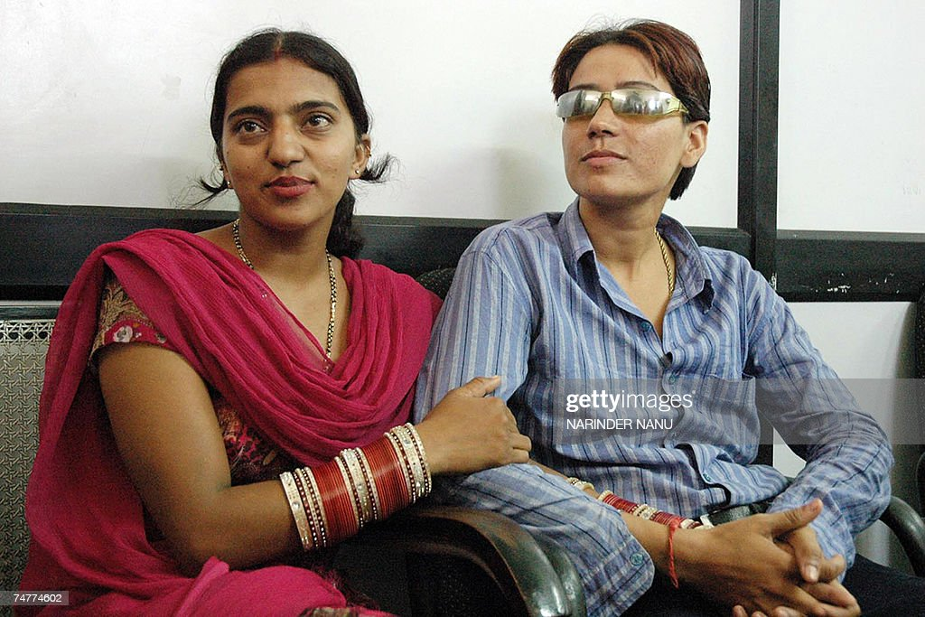Indian Lesbian Couple Baljit Kaur and Rajwinder Kaur 20 answer questions from media representatives in Amritsar 19 June 2007 during a press meeting...