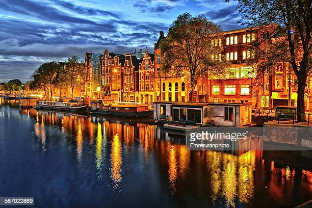 amstel street at dawn - emreturanphoto stock pictures, royalty-free photos & images