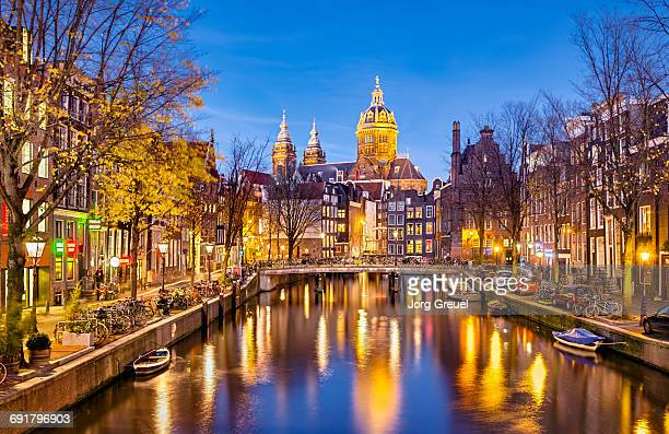 amsterdam at dusk - amsterdam stock pictures, royalty-free photos & images