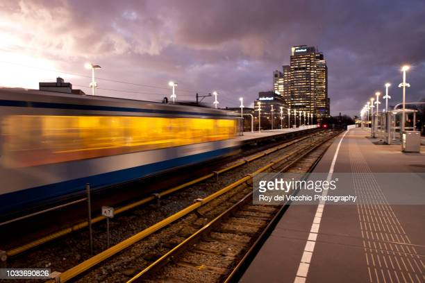 amsterdam by night - spaklerweg - southeast stock pictures, royalty-free photos & images