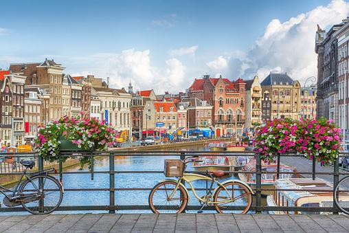Amsterdam 590047232