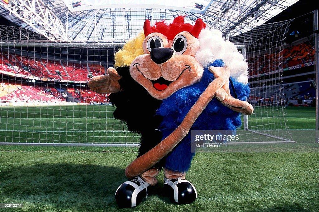 EM EURO 2000, Amsterdam; SLOWENIEN - SPANIEN (SVN - ESP) 1:2; MASKOTTCHEN