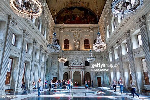 amsterdam, the citizens' hall in the royal palace - royal palace amsterdam stock pictures, royalty-free photos & images