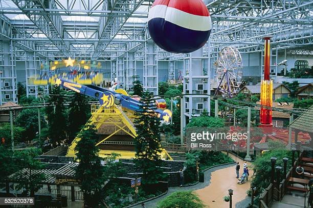 amusement rides at mall of america - mall of america stock pictures, royalty-free photos & images