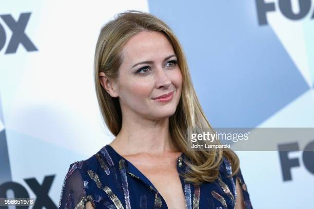 Amy Acker attends 2018 Fox Network Upfront at Wollman Rink, Central Park on May 14, 2018 in New York City.