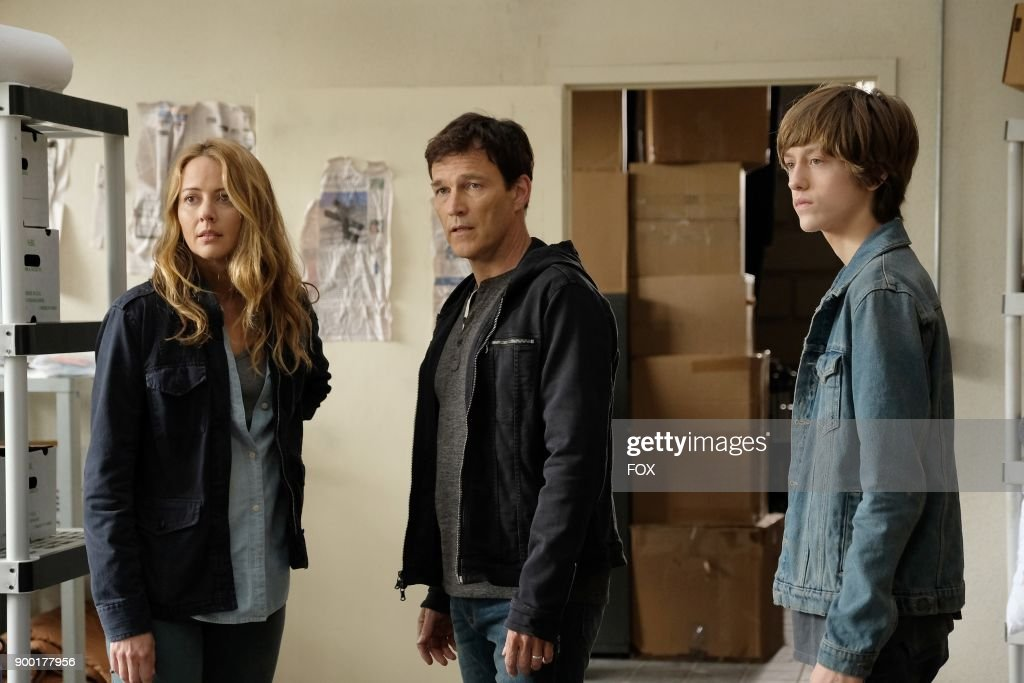 Amy Acker, Stephen Moyer and Percy Hynes White in the '3x1' Winter Premiere episode of THE GIFTED airing Monday, Jan. 1 (9:00-10:00 PM ET/PT) on FOX.