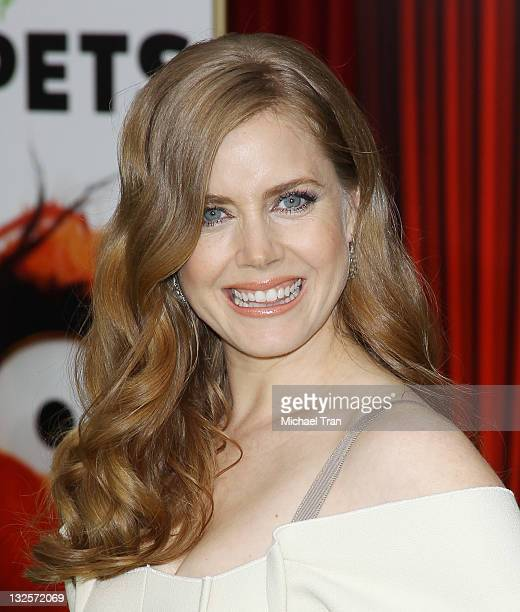 Amy Adams arrives at the Los Angeles premiere of 'The Muppets' held at the El Capitan Theatre on November 12 2011 in Hollywood California