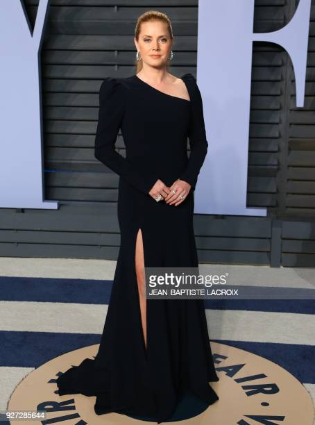 Amy Adams attends the 2018 Vanity Fair Oscar Party following the 90th Academy Awards at The Wallis Annenberg Center for the Performing Arts in...