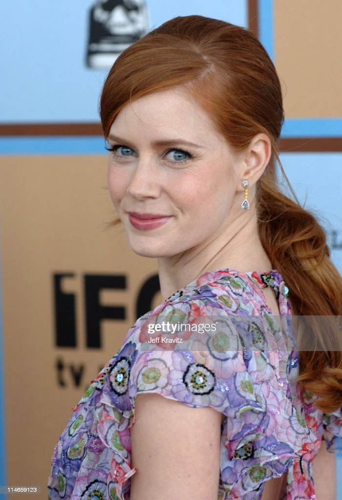 Amy Adams, nominee Best Supporting Female for 'Junebug'