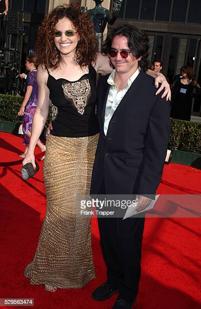 Amy Brenneman and Brad Silberling arriving at the 9th Annual Screen Actors Guild Awards